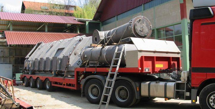 Manufacture of barrels, reservoirs and pressure vessels of black steel